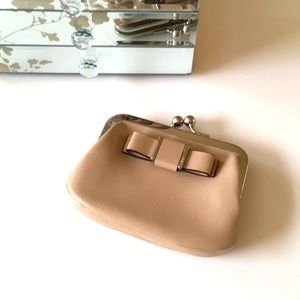 COACH beige leather Darcy bow wallet/coin purse.